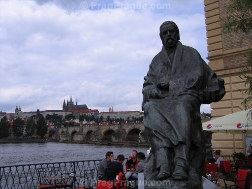 Bedrich Smetana Statue and Prague Castle